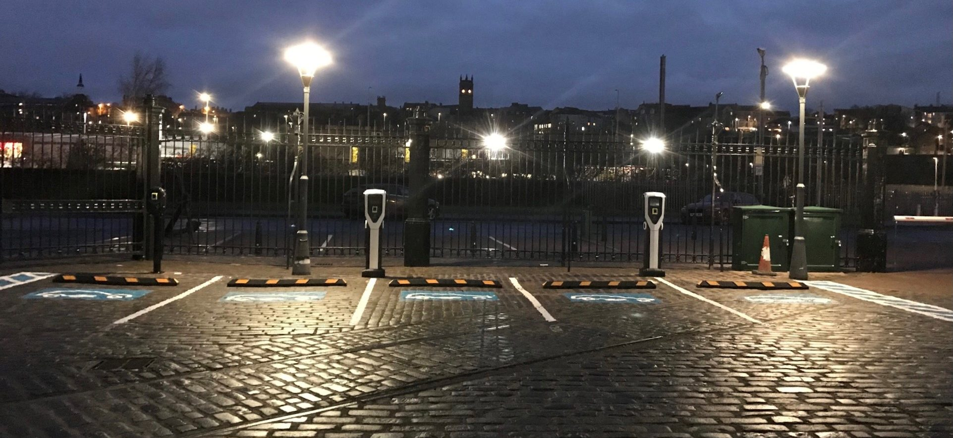 Pure Energy brings EV to Water's Edge Dundee